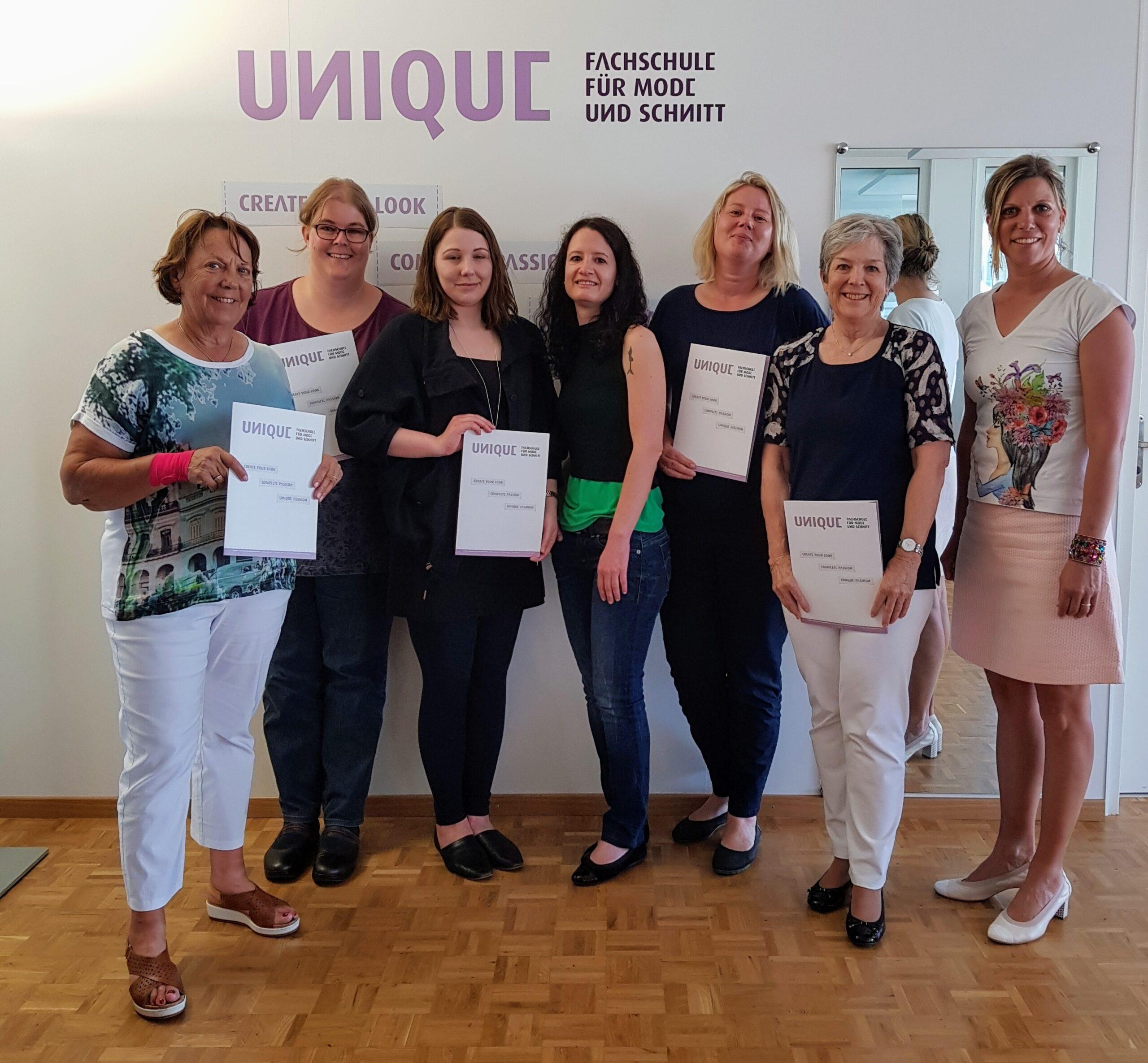 Diplomübergabe 2017 - UNIQUE Modeschule